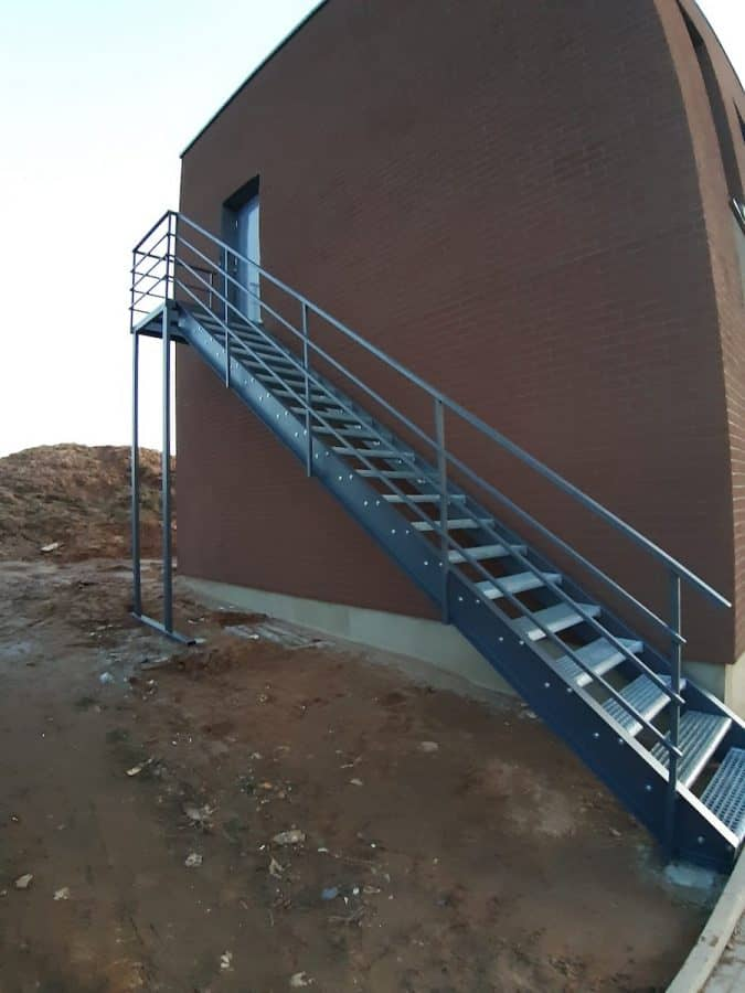 lauko laiptai, evakuaciniai laiptai (2)